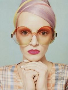 Pastel inspiration with a side of 1970s. #makeup #beauty