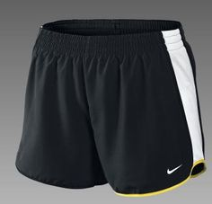 The pacer short has a more tailored cut, it doesn't bubble.