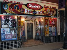 Best record store in the Cincinnati metro area. CDs, vinyl, DVDs, books, toys... everything except the dicks who usually staff stores with selection this good!