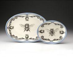 small-oval-platter-honeybee