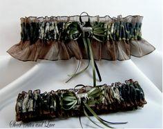 MOSSY OAK Camouflage wedding garter