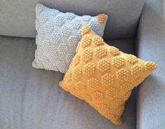Ravelry: Bobleprikpude pattern by Brombaerstrik - Bettina Brandt Pedersen