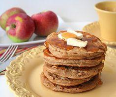 Whole Wheat Apple Cider Pancakes via @dreamaboutfood
