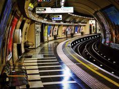 Bakerloo line platform, Waterloo Underground Station