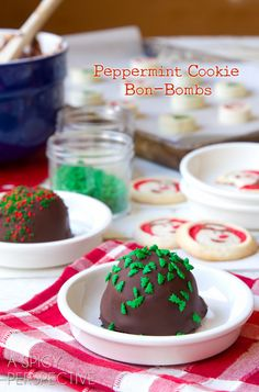 Peppermint Cookie Bon-Bombs - Homemade #IceCream and #Cookie Bon Bons covered in #Chocolate!
