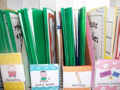 Sarah's First Grade Snippets: organizing daily 5 files