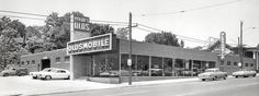 Holmes Oldsmobile, new car showroom, 6th Avenue north side of downtown Des Moines, 1961