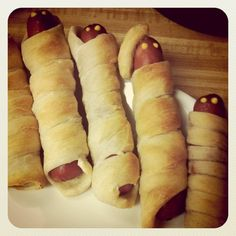 Mummy Dogs #Halloween Recipe