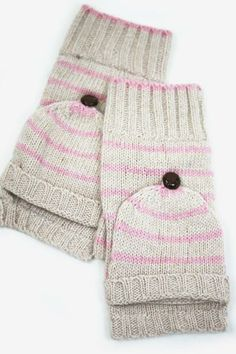 Striped Peppermint Fingerless Mittens - Add just a dash of adorable to any outfit with these fun knit fingerless gloves. www.mooreaseal.com
