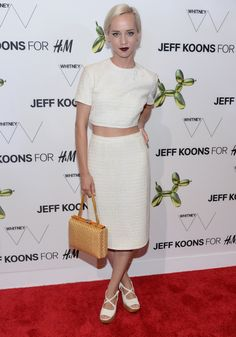 Caitlin Moe is white hot at a Jeff Koons event