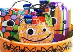 Classroom treat bags  scrapbook paper Halloween
