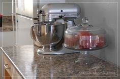paint countertop, craft, painted kitchens, faux granit, counter top, kitchen countertops, kitchen counters, painting tutorials, granite countertops