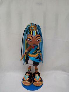 Boneca Fofucha Monster High feita em E.V.A.