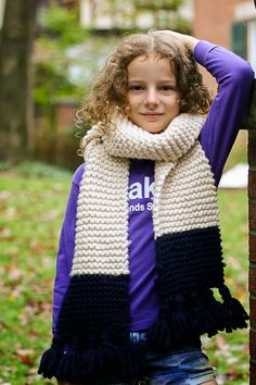 flax & twine: Tasseled Garter Stitch Color Block Scarf Pattern - A Quick Cozy Knit Gift