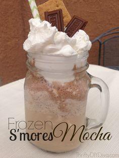 Skip #Starbucks! Make your OWN homemade Frozen #SMores Mocha Coffee Recipe | http://thriftydiydiva.com/frozen-smores-mocha-coffee-recipe/ | #nationalsmoresday #smoresrecipes #coffeerecipes