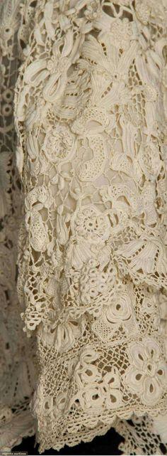 <3 Irish crochet lace