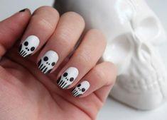 Skull nails! so cute!