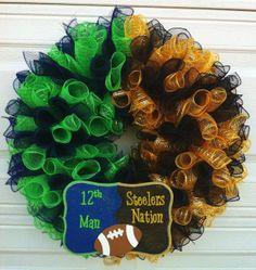 wreath sport, house divided, wreath idea, divid wreath, deco mesh wreaths, hous divid
