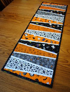 Halloween Tablerunner  Dresden Plate Wedges by cachecreekquilts, $40.00
