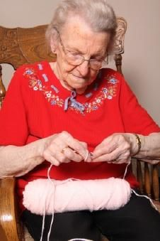 Easy Crafts for Seniors  For many seniors, crafting has been a pastime they have enjoyed for most of their lives. For others, they discovered the enjoyment and rewards of crafting in their retirement years.