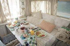 Home, Surprising Home: A Mobile Makeover We're in a veritable decorating frenzy these...