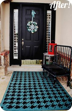 Blue houndstooth rug made with houndstooth stencil