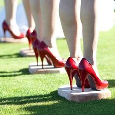 Great idea for #outdoor #wedding - give your bridesmaids cement blocks to stand on so they don't sink into the grass.