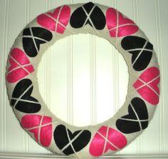 Cute heart argyle wreath