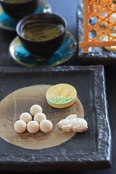 Japanese sweets for otsukimi (moon viewing)