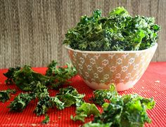 Raw Sour Cream and Onion Kale Chips
