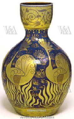 Vase, by William de Morgan. England, 1889y
