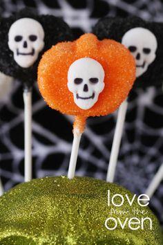 Halloween Marshmallow Pumpkin Pops