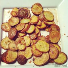 A Girl & Her Food: Greek Style Potatoes or Patates http://www.agirlandherfood.com/2012/12/greek-style-potatoes-or-patates.html?spref=tw