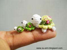 family of mini turtles - how cute!