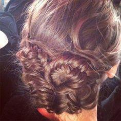 loving this twisted fishtail braid bun #hair