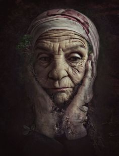 Woman, female, oldie, wrinckled, aged, hands, powerful, portrait, face, Lines of Life, beauty, emotional, expression, A life she has lived, photograph, photo