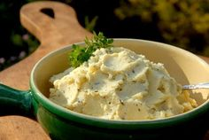 Skinny Garlic Mashed Potatoes