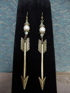 Pi Phi arrow earrings #piphi #pibetaphi