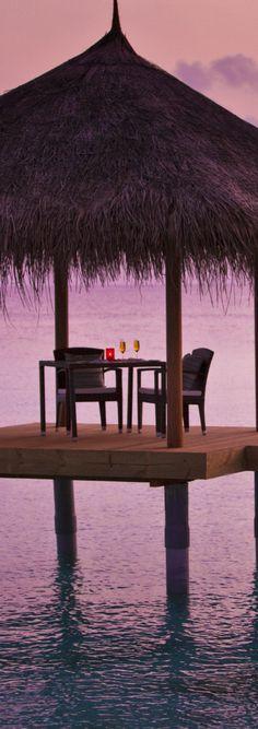 LOOKandLOVEwithLOLO: LET'S ESCAPE TO VELASSARU in THE MALDIVES