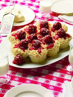 Spaghetti and meatball cupcakes!