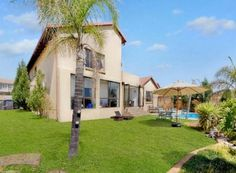 4 Bedroom House for sale in Barbeque Downs, Midrand R 3200000 Web Reference: P24-101301246 : Property24.com