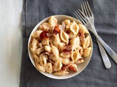 Killer Mac and Cheese with Bacon Recipe : Anne Burrell : Food Network - FoodNetwork.com