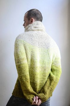 Ravelry: Ombre Yarn Eater by Stephen West