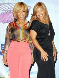 erica campbell green pants mary mary | erica_campbell_tina_campbell_a_p.jpg