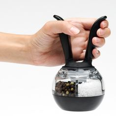 Dual PepperBall Grinder @Pascale De Groof