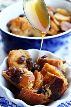 bourbon bread pudding -