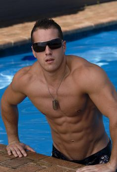 water, eye candi, bodi, sexi, keep swimming, hot guy, men, shade, pools