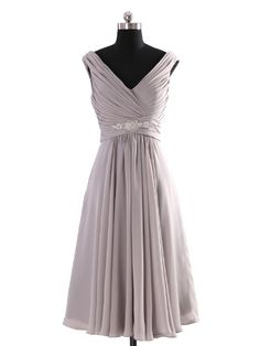 This is not the exact color Aimee wants, but I think this would make a perfect Maid of Honor dress :)Landybridal Women's A-line Knee Length Chiffon Bridesmaid Dress Bbal0058 2 Grey Landybridal http://www.amazon.com/dp/B00CXO7JZU/ref=cm_sw_r_pi_dp_hY69tb1T8G6JR