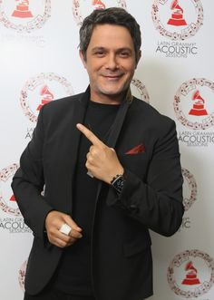 Alejandro Sanz - Latin GRAMMY Acoustic Session México - 2013