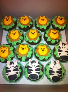 baby shower jungle themed cupcakes by me